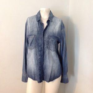 Cloth & Stone Faded Denim Split Back Shirt M